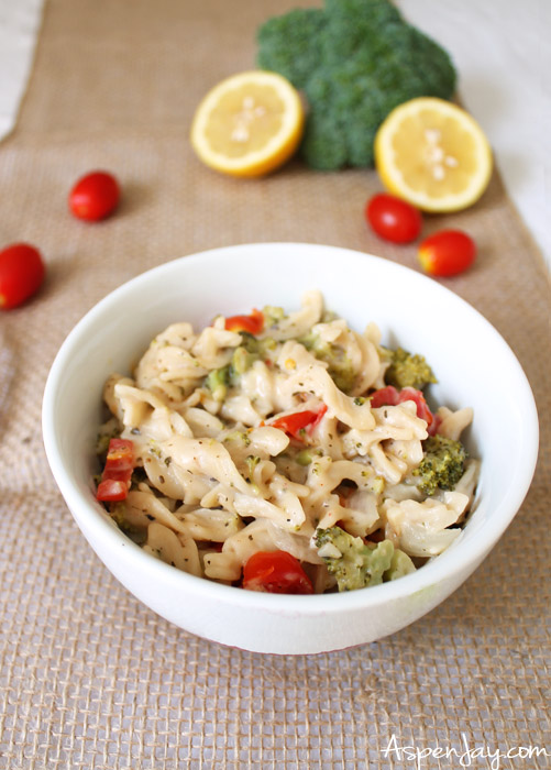 One pot broccoli tomato pasta (GLUTEN FREE)- quick and simple to make. My sister loves this dish! I need to make it for my husband...